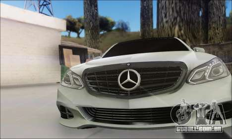 Mercedes-Benz W212 AMG v2.0 para GTA San Andreas