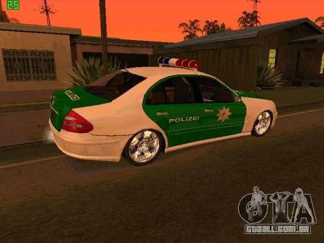 Mercedes-Benz  E500 Polizei para GTA San Andreas esquerda vista