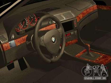 BMW 730 E38 para GTA San Andreas vista direita