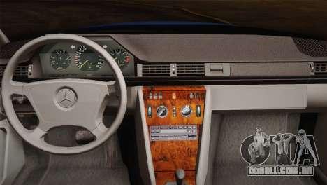Mercedes-Benz E320 W124 para GTA San Andreas vista interior