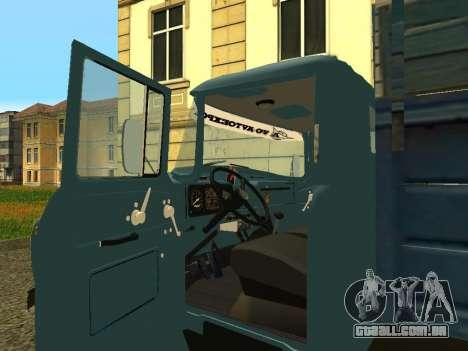 ZIL 130 para GTA San Andreas vista traseira