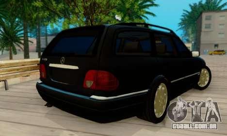 Mercedes-Benz E320 Wagon para GTA San Andreas traseira esquerda vista