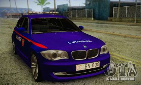 BMW 120i SE Carabinieri para GTA San Andreas esquerda vista