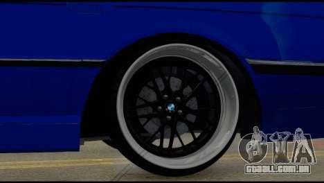 BMW 740i E38 para GTA San Andreas traseira esquerda vista