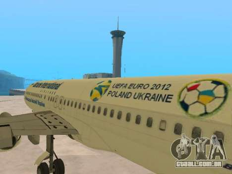 Boeing 737-84R Ukraine International Airlines para vista lateral GTA San Andreas