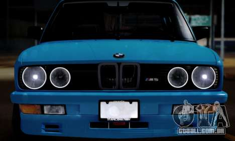 BMW M5 E28 para GTA San Andreas traseira esquerda vista