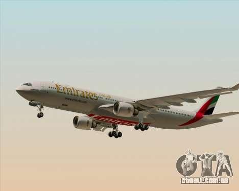 Airbus A330-300 Emirates para GTA San Andreas vista inferior