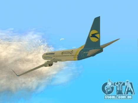 Boeing 737-84R Ukraine International Airlines para GTA San Andreas traseira esquerda vista