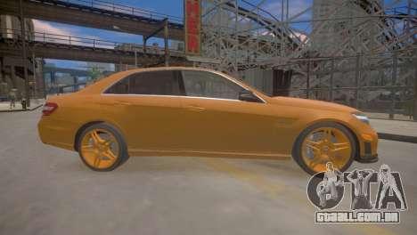 A Mercedes-Benz E63 AMG для GTA 4 para GTA 4 traseira esquerda vista