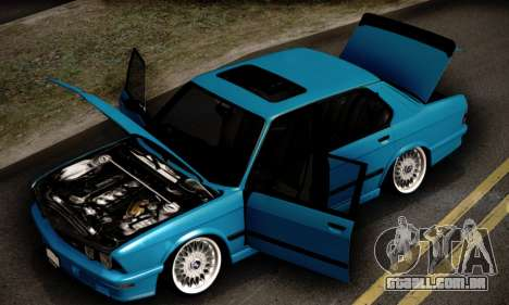 BMW M5 E28 para GTA San Andreas vista superior