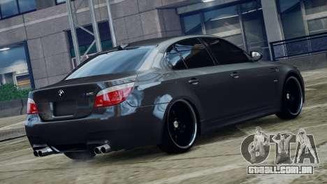 BMW M5 E60 v1 para GTA 4 esquerda vista