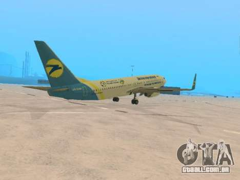 Boeing 737-84R Ukraine International Airlines para GTA San Andreas vista direita