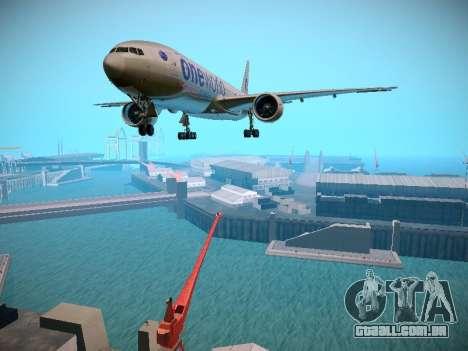 Boeing 777-223ER American Silver Bullet para GTA San Andreas esquerda vista