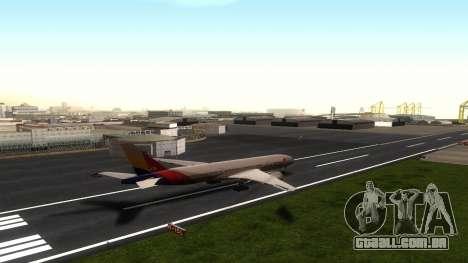 Boeing 777-280ER Asiana Airlines para GTA San Andreas vista traseira