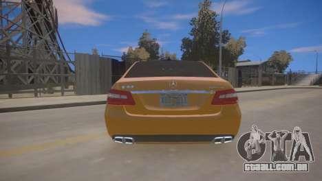 A Mercedes-Benz E63 AMG для GTA 4 para GTA 4 vista direita