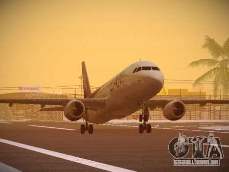 Airbus A320-214 LAN Airlines 80 Years para GTA San Andreas esquerda vista