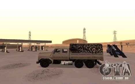 Quartel com quatro portas para GTA San Andreas esquerda vista