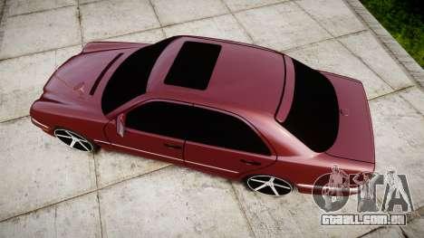 Mercedes-Benz W210 E55 2000 AMG Vossen VVS CV3 para GTA 4 vista direita