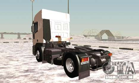 Iveco EuroTech Inflamável para GTA San Andreas vista direita