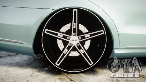 Mercedes-Benz E200 Vossen VVS CV5 para GTA 4 vista de volta