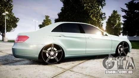 Mercedes-Benz E200 Vossen VVS CV5 para GTA 4 esquerda vista
