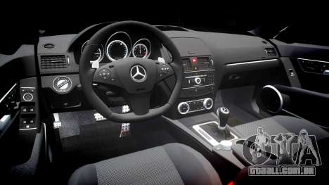 Mercedes-Benz C63 AMG 2010 para GTA 4 vista interior