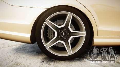 Mercedes-Benz C63 AMG 2010 para GTA 4 vista de volta