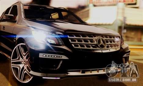 Mercedes-Benz ML63 AMG para GTA San Andreas traseira esquerda vista
