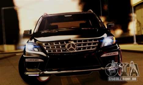 Mercedes-Benz ML63 AMG para GTA San Andreas vista direita