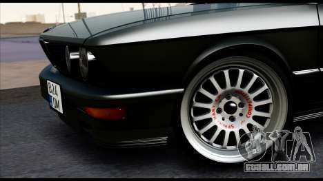 BMW M5 E28 Christmas Edition para GTA San Andreas