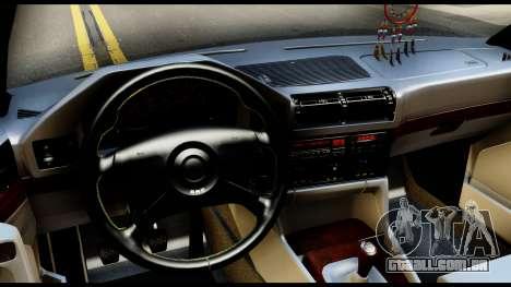 BMW E32 para GTA San Andreas traseira esquerda vista