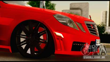 Mercedes-Benz E250 para GTA San Andreas vista interior