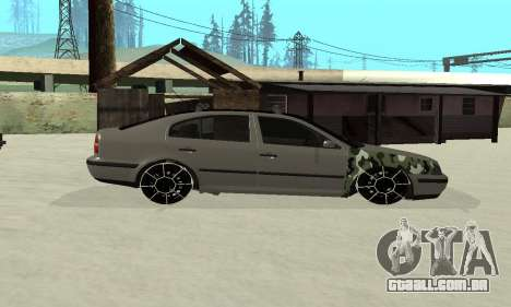 Skoda Octavia Winter Mode para GTA San Andreas vista interior