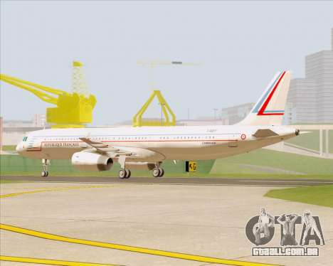 Airbus A321-200 French Government para GTA San Andreas esquerda vista
