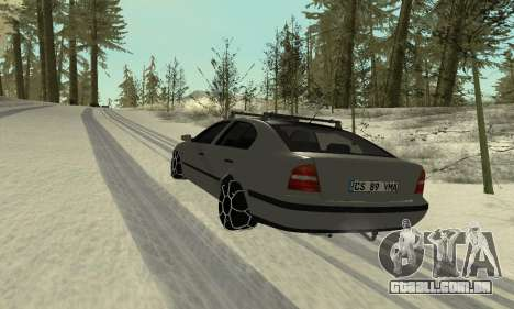 Skoda Octavia Winter Mode para GTA San Andreas interior