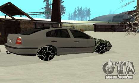 Skoda Octavia Winter Mode para GTA San Andreas vista traseira