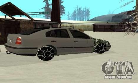 Skoda Octavia Winter Mode para GTA San Andreas vista traseira