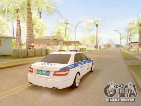 A Mercedes-Benz E500 ДПС para GTA San Andreas esquerda vista