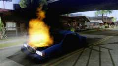 Andando em carros queimados