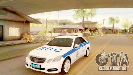 A Mercedes-Benz E500 ДПС para GTA San Andreas