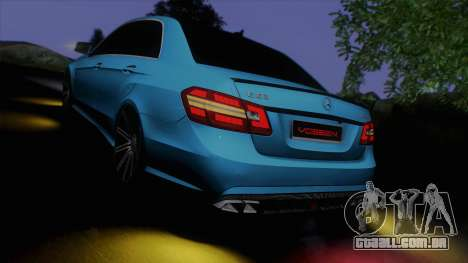 Mercedes-Benz E63 AMG 2010 Vossen wheels para GTA San Andreas interior