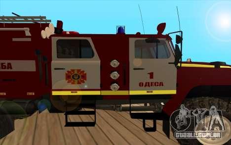 Ural 5557-40 o Ministério das situações de emerg para GTA San Andreas traseira esquerda vista