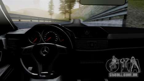 Mercedes-Benz W212 E63 AMG para GTA San Andreas vista traseira
