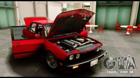 BMW M5 E28 1985 NA-spec para GTA San Andreas vista direita