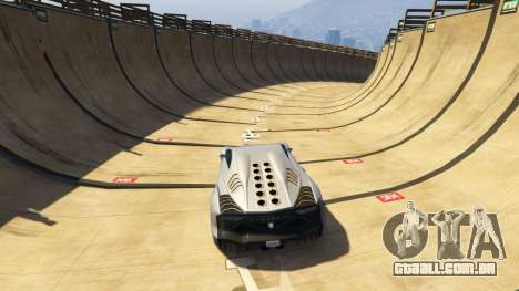GTA 5 Maze Bank Mega Spiral Ramp terceiro screenshot
