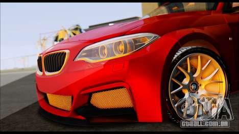 BMW 235i F22 para GTA San Andreas traseira esquerda vista