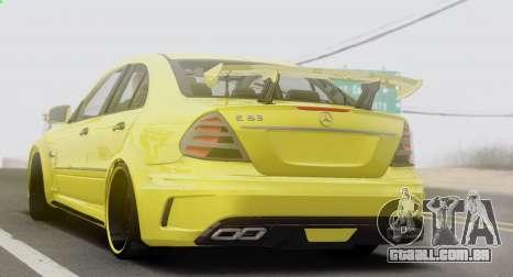 Mercedes-Benz E63 Qart Tuning para GTA San Andreas vista direita