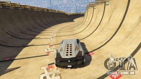 GTA 5 Maze Bank Mega Spiral Ramp quarto screenshot