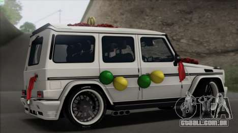 Mercedes Benz G65 Hamann Tuning Wedding Version para GTA San Andreas vista direita