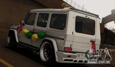 Mercedes Benz G65 Hamann Tuning Wedding Version para GTA San Andreas esquerda vista